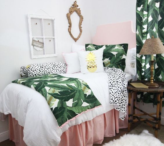 banana leaf print bedding and curtains for a colorful guest bedroom