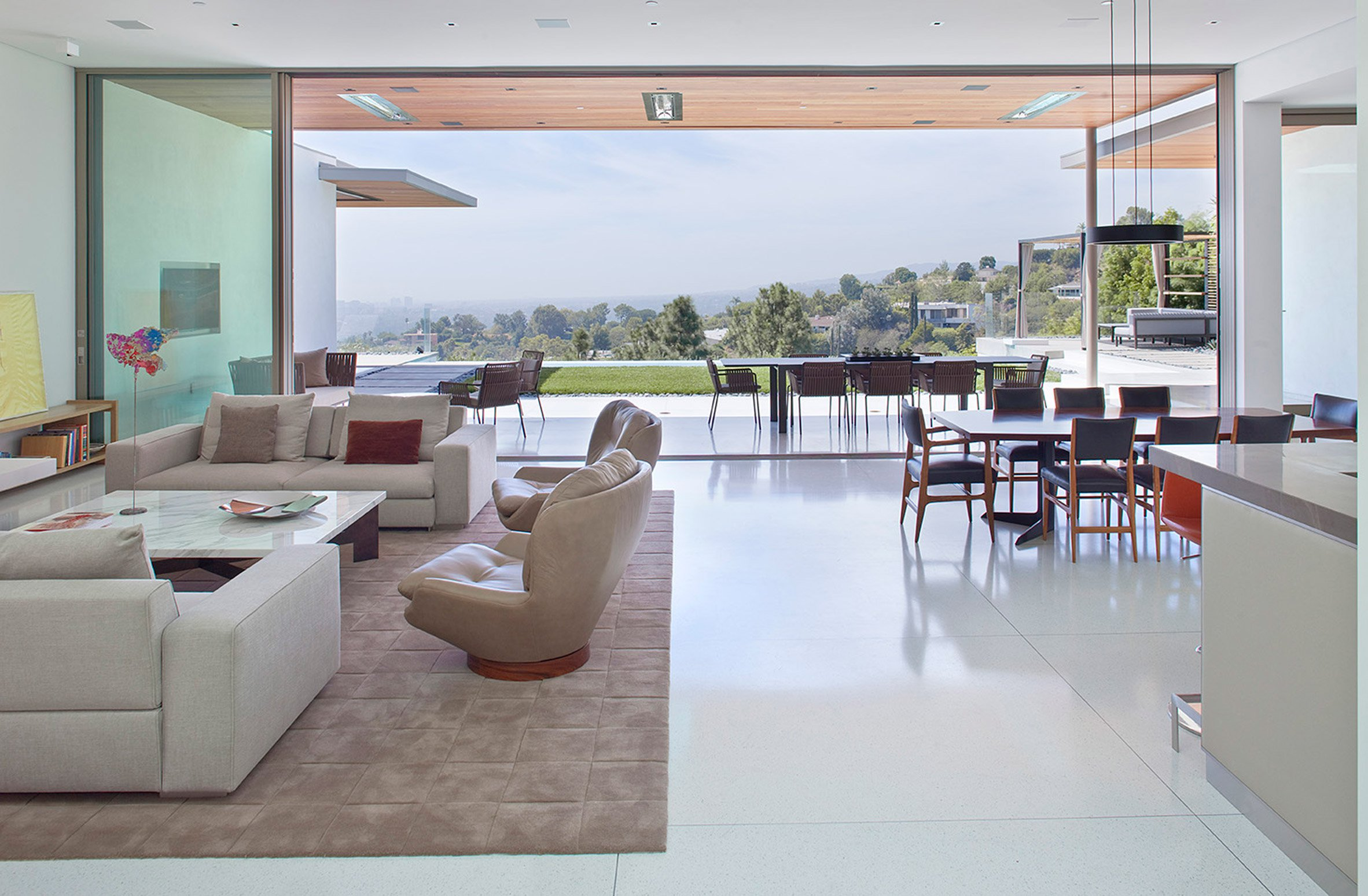 outdoor dining zone connected to indoors