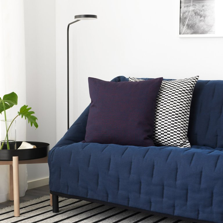 The sofa in navy and with an eye-catchy texture