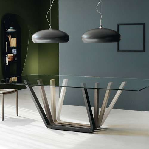 30 ways to incorporate a glass dining table into your for Interesting table legs