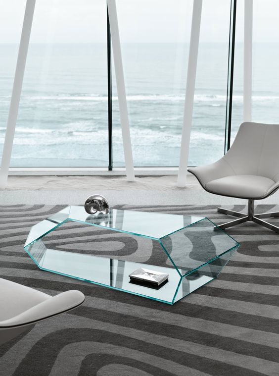 unique sculptural glass coffee table will add eye-catchiness to your interior
