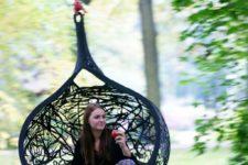 Hanging chair by Maffamfree