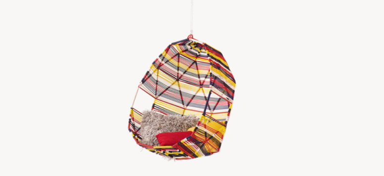 Tropicalia hanging chair by Moroso (via moroso.it)