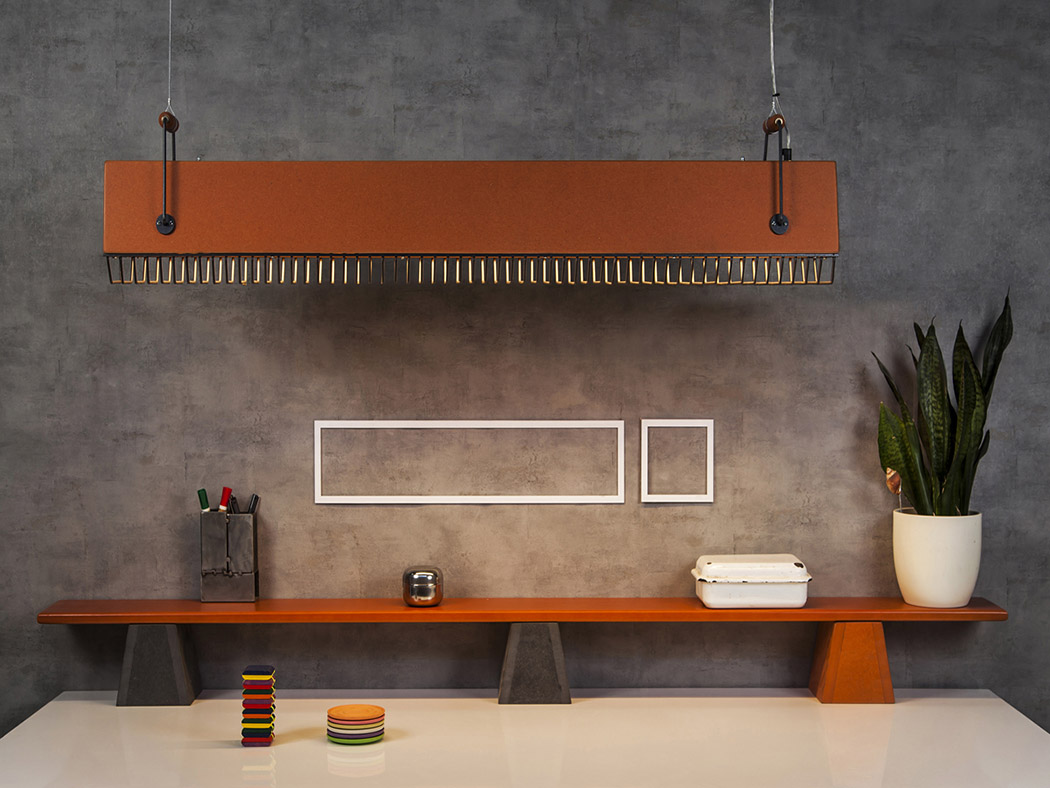 The map is pretty large, with a metal grill cover, industrial handles and in bold and contrasting shades