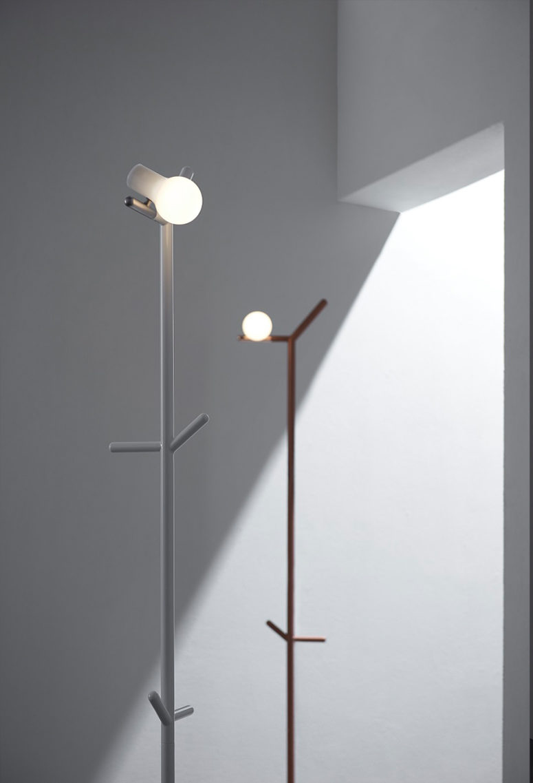 Tilting the bulb sidewards offers minimalist structure and lighting efficiency