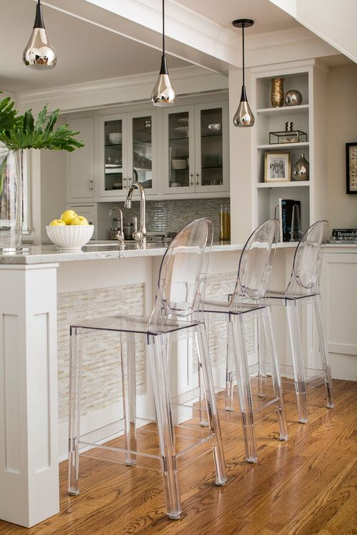 Accantuate A Bar Counter With Gorgeous Sheer Acrylic Chairs For Modern Twist