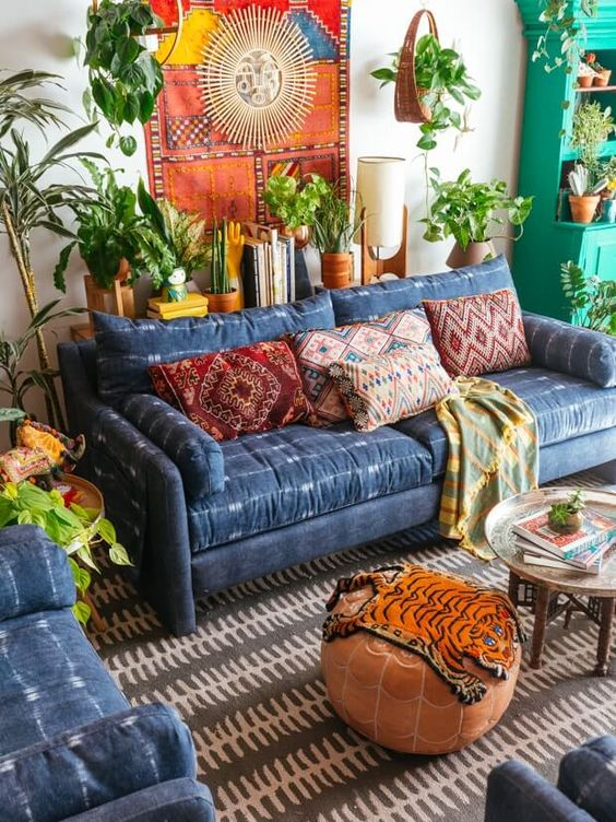 shibori upholstered sofa and armchairs look outstand in this warm-colored boho chic room
