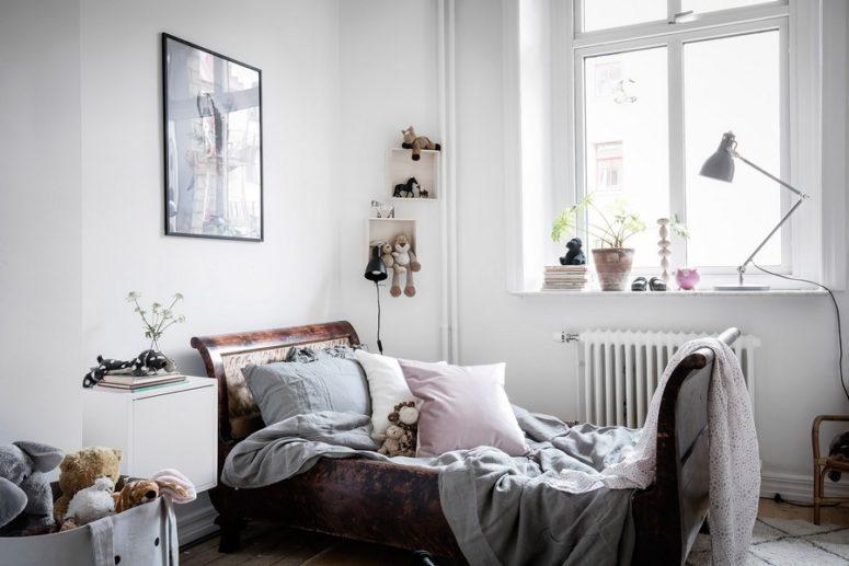 terrific scandinavian one room studio apartment in gothenburg digsdigs   Cozy Scandinavian Apartment With Historic Elements - DigsDigs