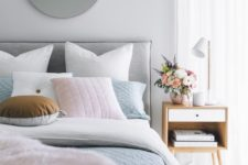 16 a blue duvet and a pink faux fur cover will make sleeping comfortable and your guest won't get cold