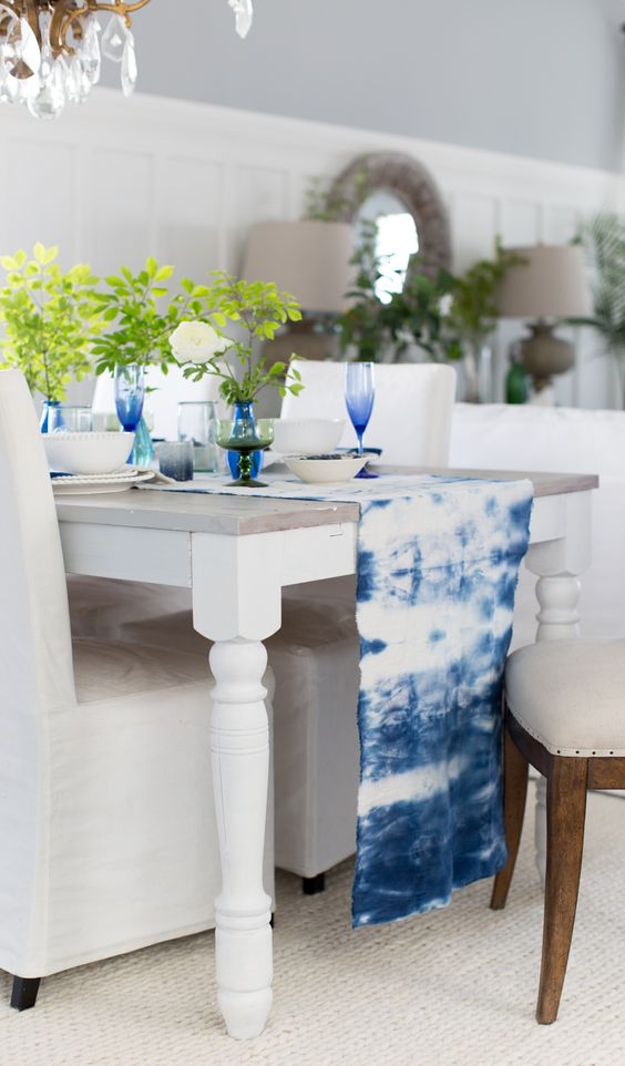 make a shibori table runner and add matching glasses to highlight it