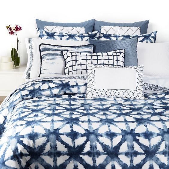 shibori pillows and a blanket DIYed for the bedroom will be a chic choice
