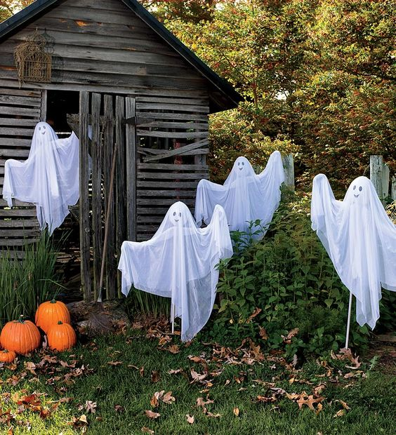 such funny ghosts of cheesecloth and coat hangers won't scary anyone but will be proper decor