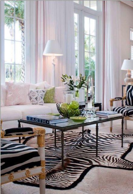 Go wild 34 animal print ideas for your home digsdigs for Living room zebra design