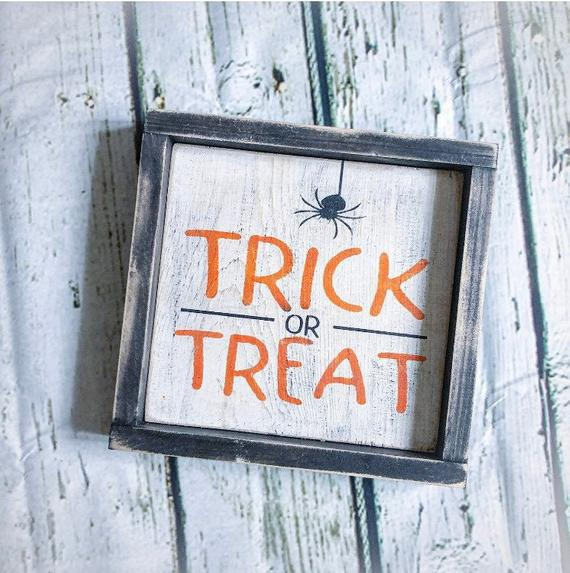 """""""Trick Or Treat"""" sign made of wood could become an unique addition to your Halloween's decor"""