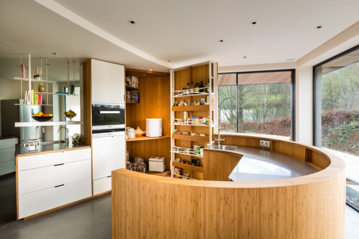 Modern sleek design makes this kitchen universal for many spaces