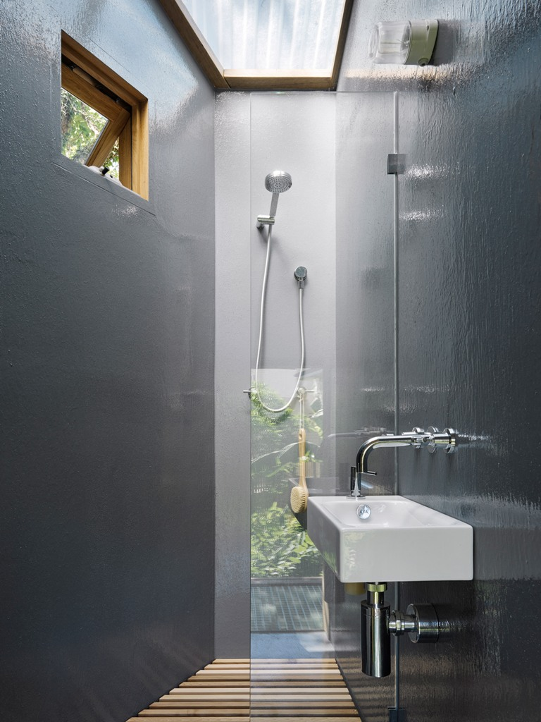 The upper floor also contains a shower, which feels like an outdoor one thanks to several windows, which still don't spoil privacy