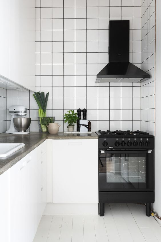an L shape is great for very small kitchens, it will be comfy and practical