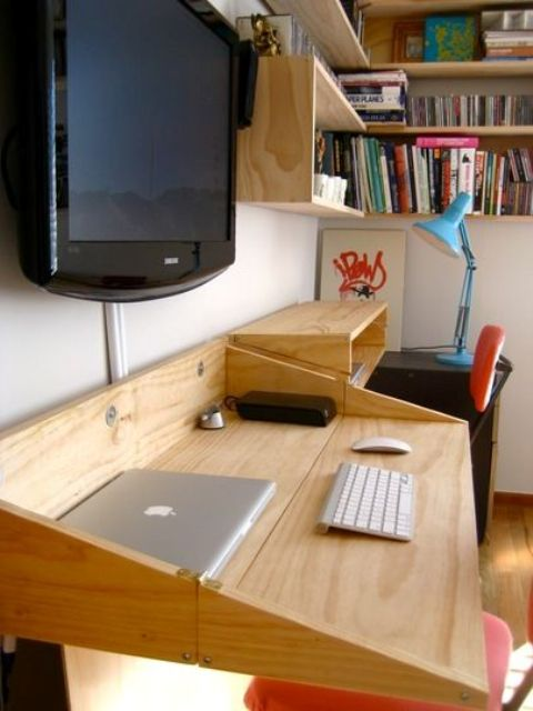a folding desk space in the living room is a comfy idea