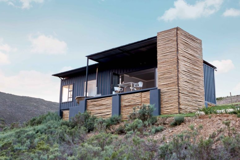 Copia Cabin is an eco retreat outside Cape Town, it's a perfect space to spend your holiday there and enjoy fresh air and natural beauty