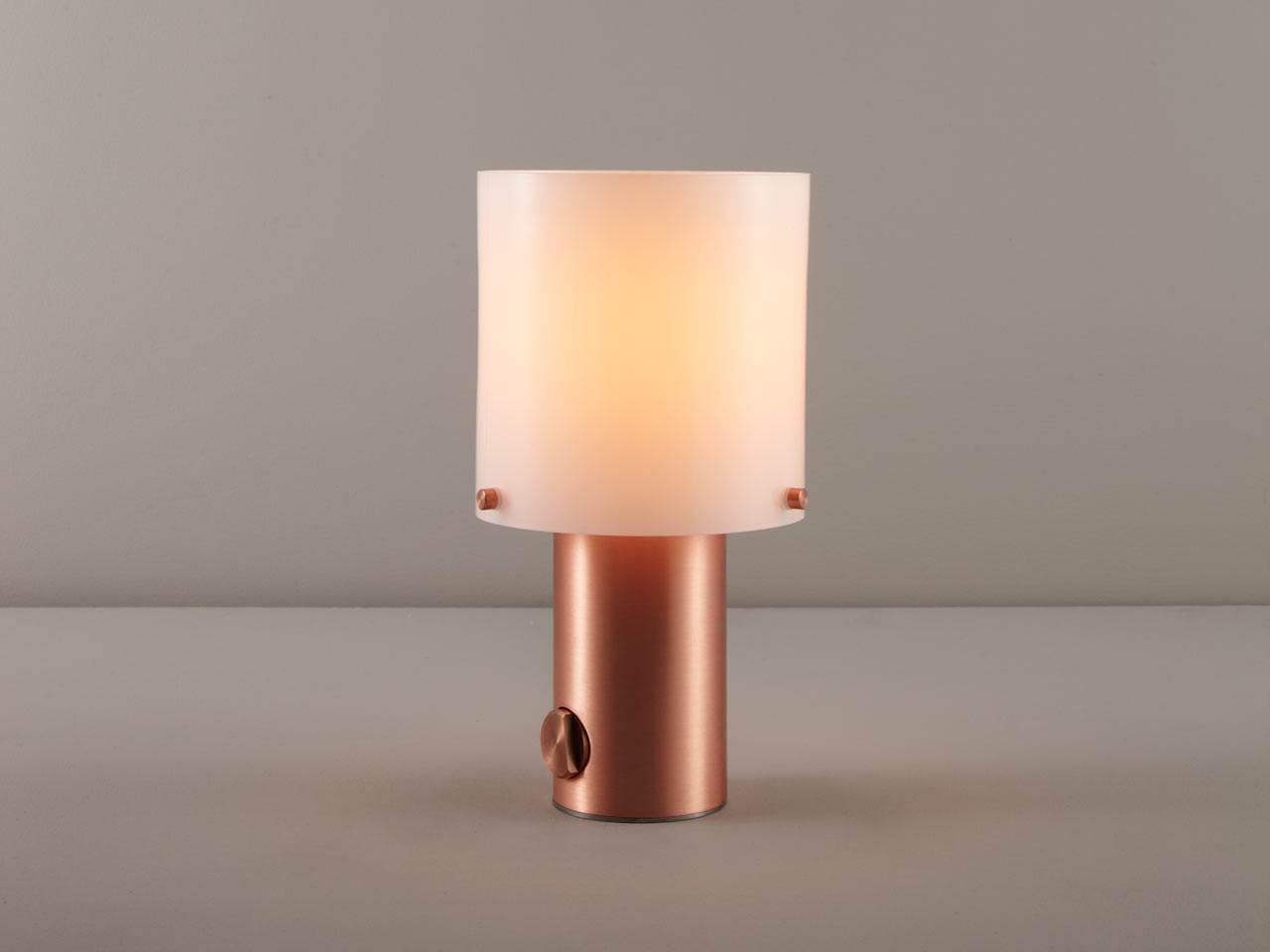 This gorgeous table lamp is called Walter and brings gorgeous vintage aethetics and a trendy metallic finish to your space
