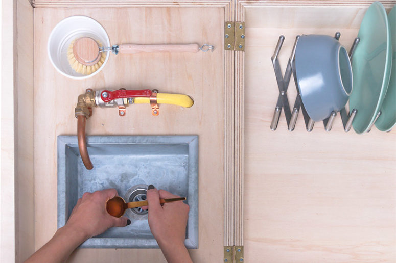 The sink can be connected with a hose to any water source available