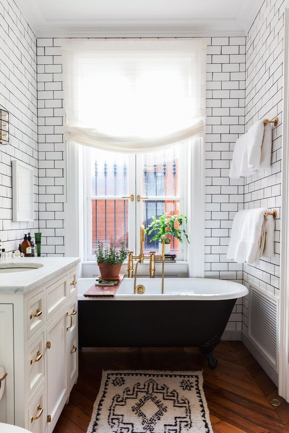 White Subway Tiles With Black Grout Will Be Another Cool Idea For An Art  Deco Space