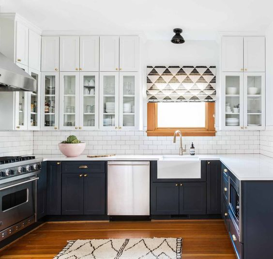 27 Trendy Two-Toned Kitchen Designs You'll Like - DigsDigs