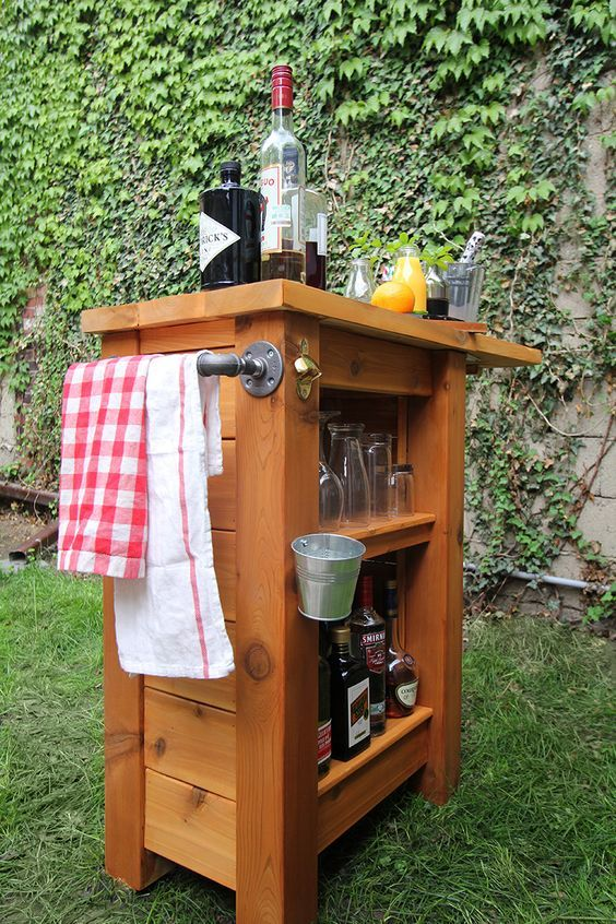 a small and comfy wooden bar item can be DIYed by you to fit your space