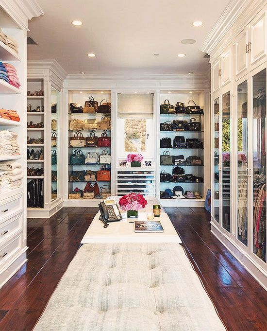 25 creative spaces in your home to place a closet digsdigs - Pictures of walk in closets ...
