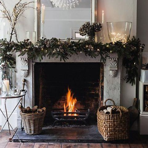 25-fresh-ways-to-style-your-mantel-for-christmas-cover 25 Fresh Ways To Style Your Mantel For Christmas