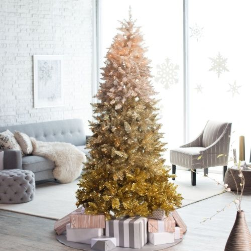 vintage gold ombre Christmas tree is a unique idea for winter holidays