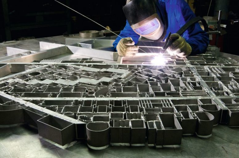Here's how this table is made of 700 elements