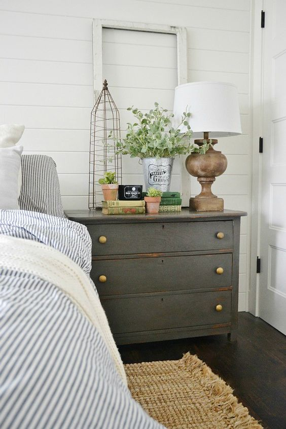 23 Ways To Declutter Your Bedroom And Make It Welcoming Digsdigs