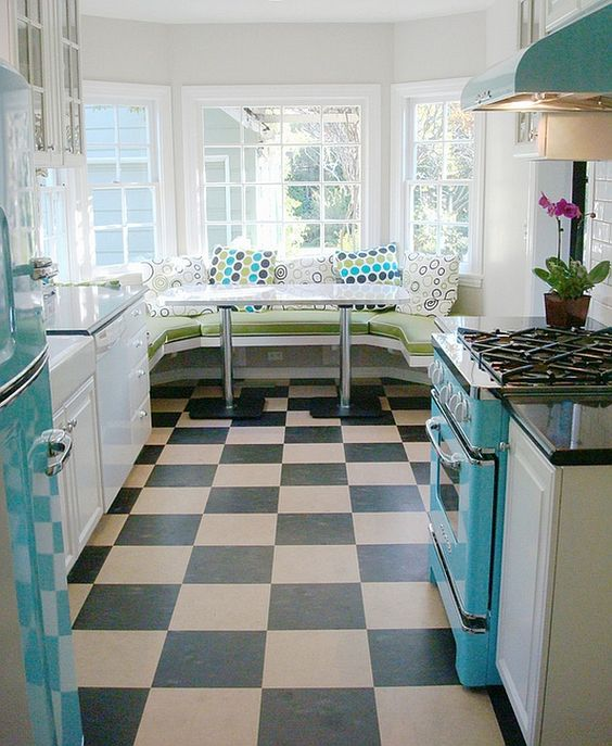 25-ideas-to-give-your-kitchen-a-retro-feel-cover 25 Ideas To Give Your Kitchen A Retro Feel