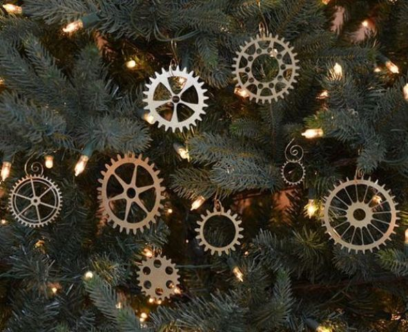 cool metallic gear ornaments are ideal for a steampunk tree