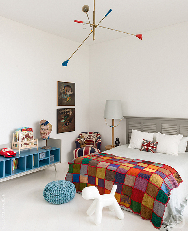 The kids' space is also quirky, with a couple of bold artworks, a sculpture and some colorful textiles