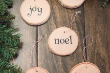 10 cute printed wood slice ornaments with cute letters are easy to DIY and look neutral