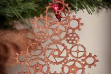 16 a steampunk gear Christmas tree ornament made by laser cutting
