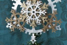 18 a cool felt gear snowflake tree topper is a great idea for a steampunk tree
