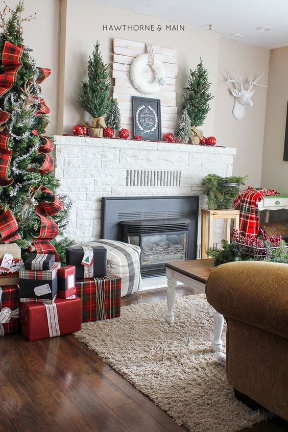 26 Plaid And Tartan Christmas Home Decor Ideas Digsdigs