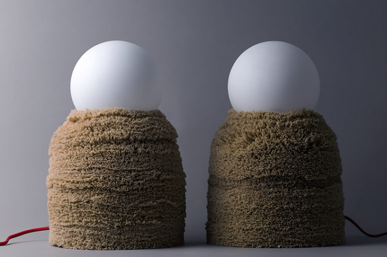 The collection is called Ninho, it's 'nest' in Portuguese, and these lamps remind of ones for sure