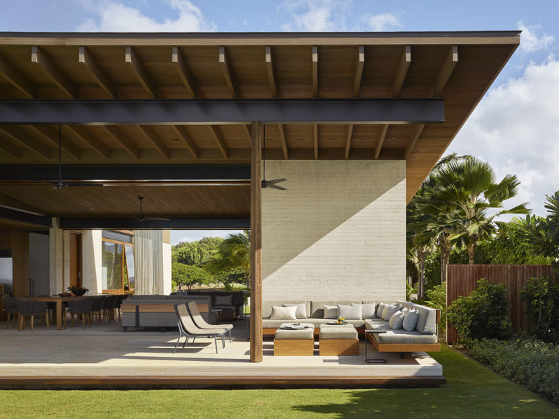 Every space is both indoor and outdoor, it can be opened or closed anytime