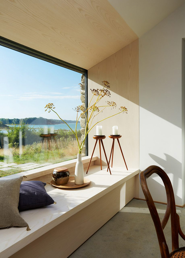The large window shows amazing views and the windowsill can be used for storage and as a daybed