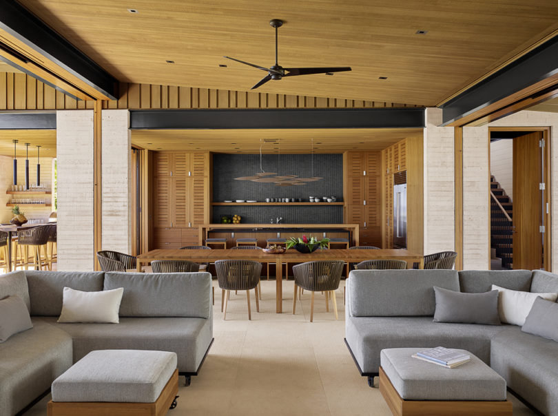 The color palette makes a tribute to sand, trees and volcanic rocks of the island