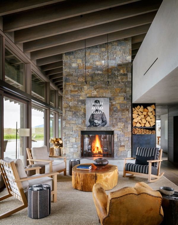 There's a second fireplace with a sittign zone around it to invite guests or just relax by the fire