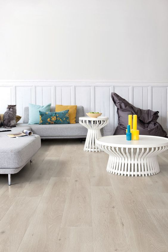 such light-colored laminate can be your stylish statement in the space