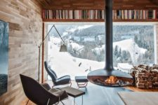 09 a chalet with gorgeous mountain views and a suspended hearth