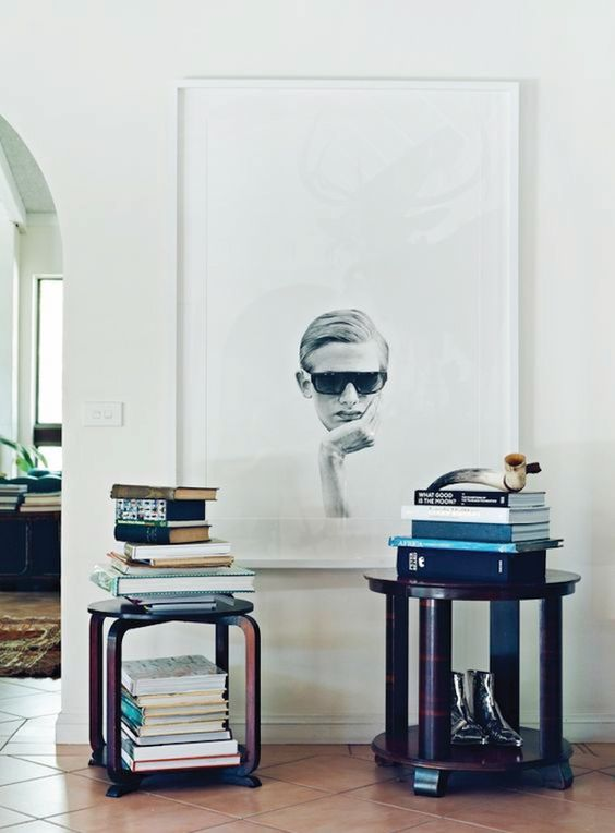 your own oversized wall portrait is a great idea to make a statement
