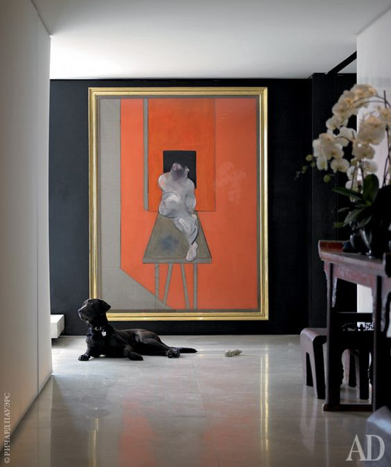 an oversized abstract artwork makes a bold stylish statement in this entry