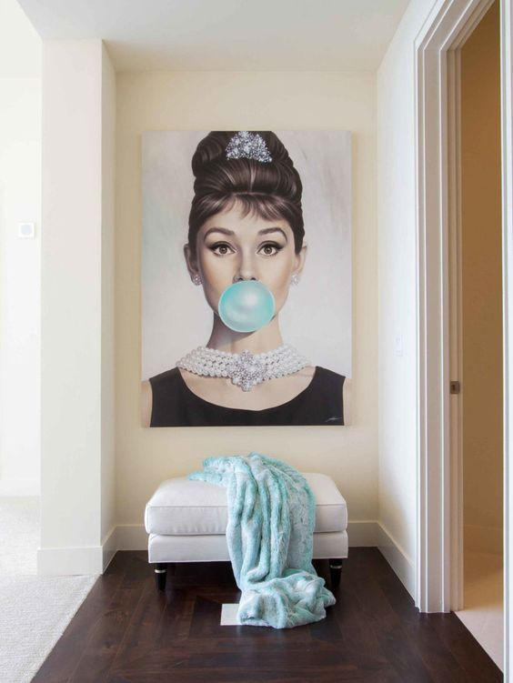 why not hang a glam and fun artwork in a girlish entryway